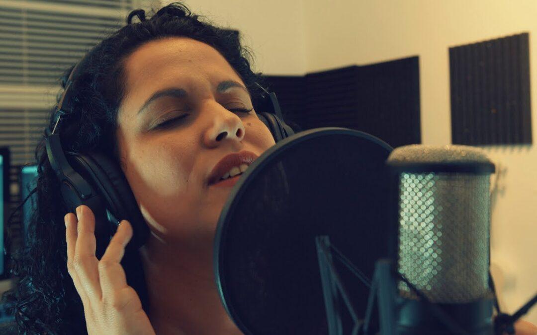 Video Lyric | Entrevista con la soledad
